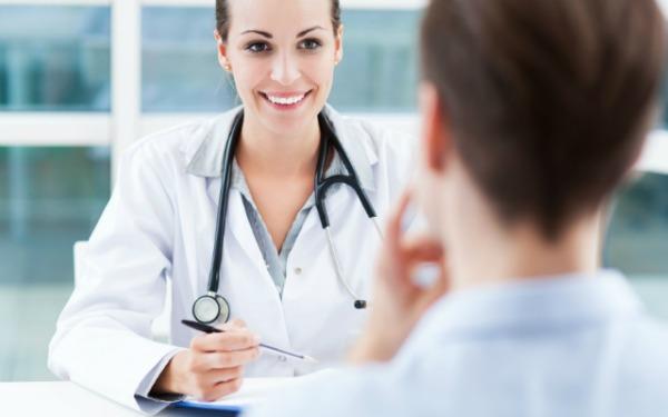 врач дает рекомендации