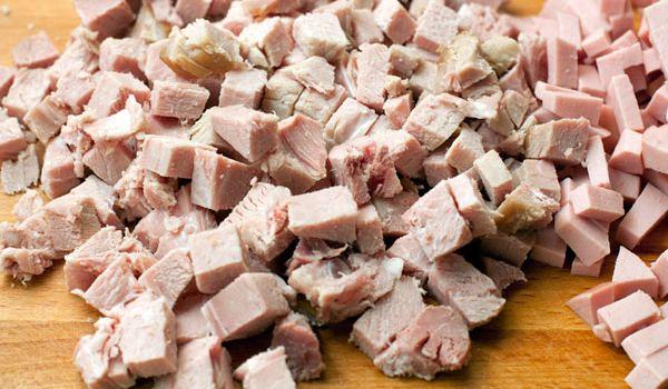 вареное натуральное мясо кубиками
