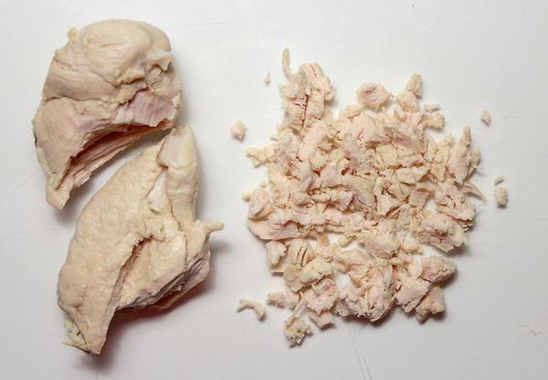 Вареное куриное мясо